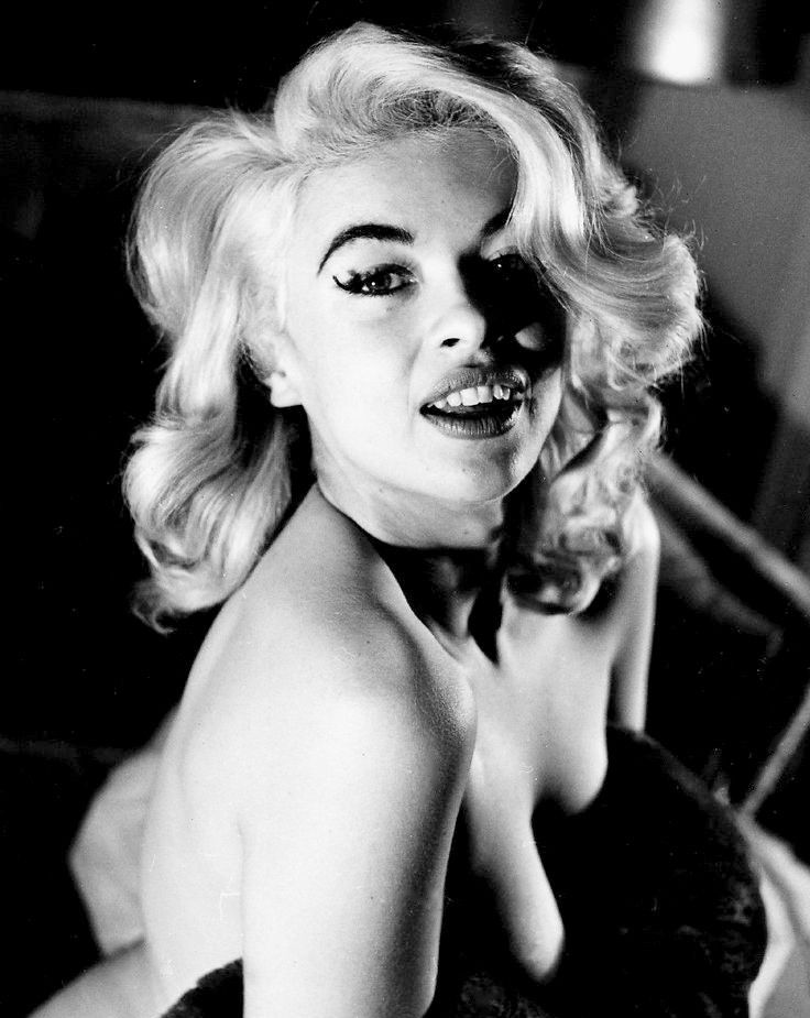 Monroe blonde belly dancer