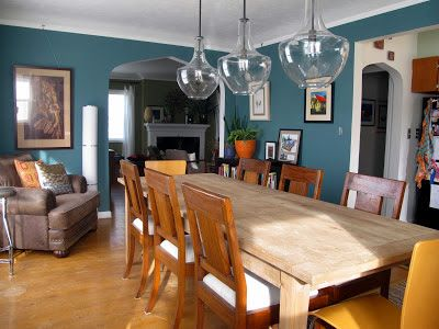 Like This Color Combo Benjamin Moore Caribbean Teal With Wood Furniture Cool Lights