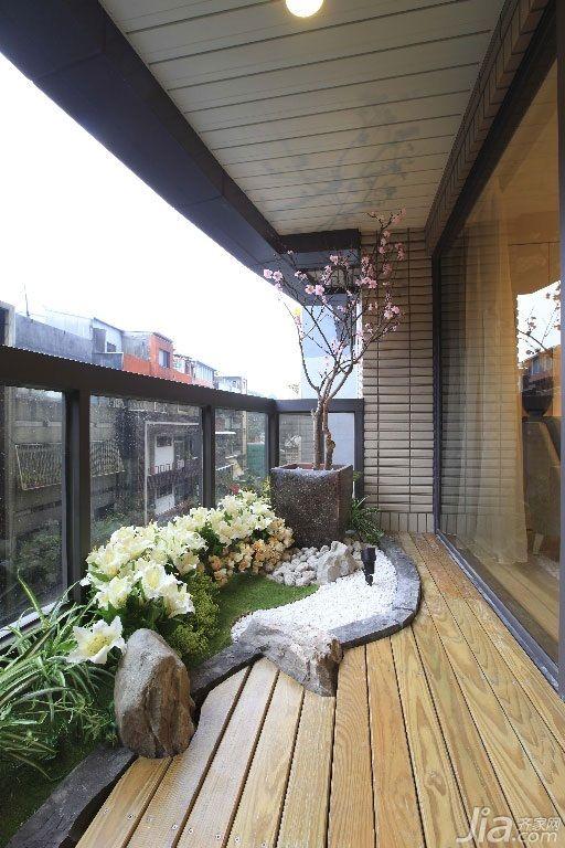 Diseño chino para crear un amplio balcón, terraza, jardín de estilo