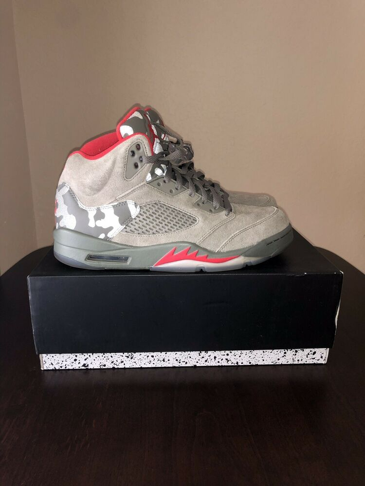 21b9a492c266 Nike Air Jordan 5 Retro Camo Dark Stucco University Red 136027 051 Size 10  w