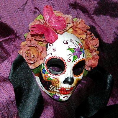 butterfly_dia_de_los_muertos_mask_by_masquefaire-d4smipt.jpg (400×400)