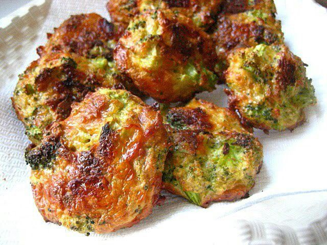 Baked Broccoli Cheese Bites