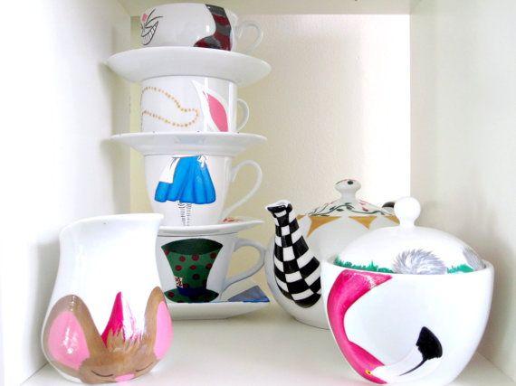complete wonderland 11 piece tea set 4 saucers 4 teacups 1 teapot 1 creamer 1 sugar bowl on. Black Bedroom Furniture Sets. Home Design Ideas