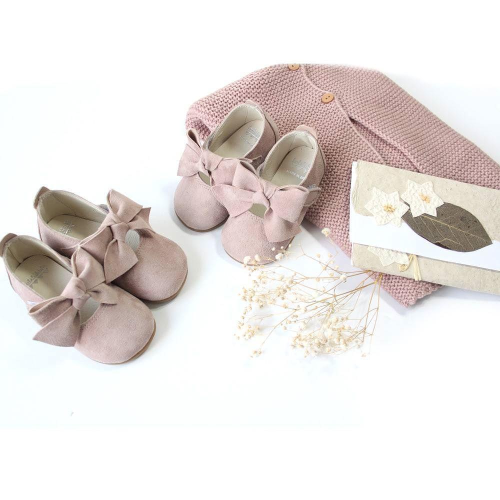 Soñar con zapatos de bebe