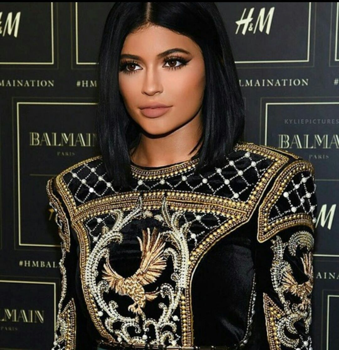 Discover And Share The Most Beautiful Images From Around The World In 2020 Kylie Jenner Hair Short Black Hairstyles Short Hair Styles