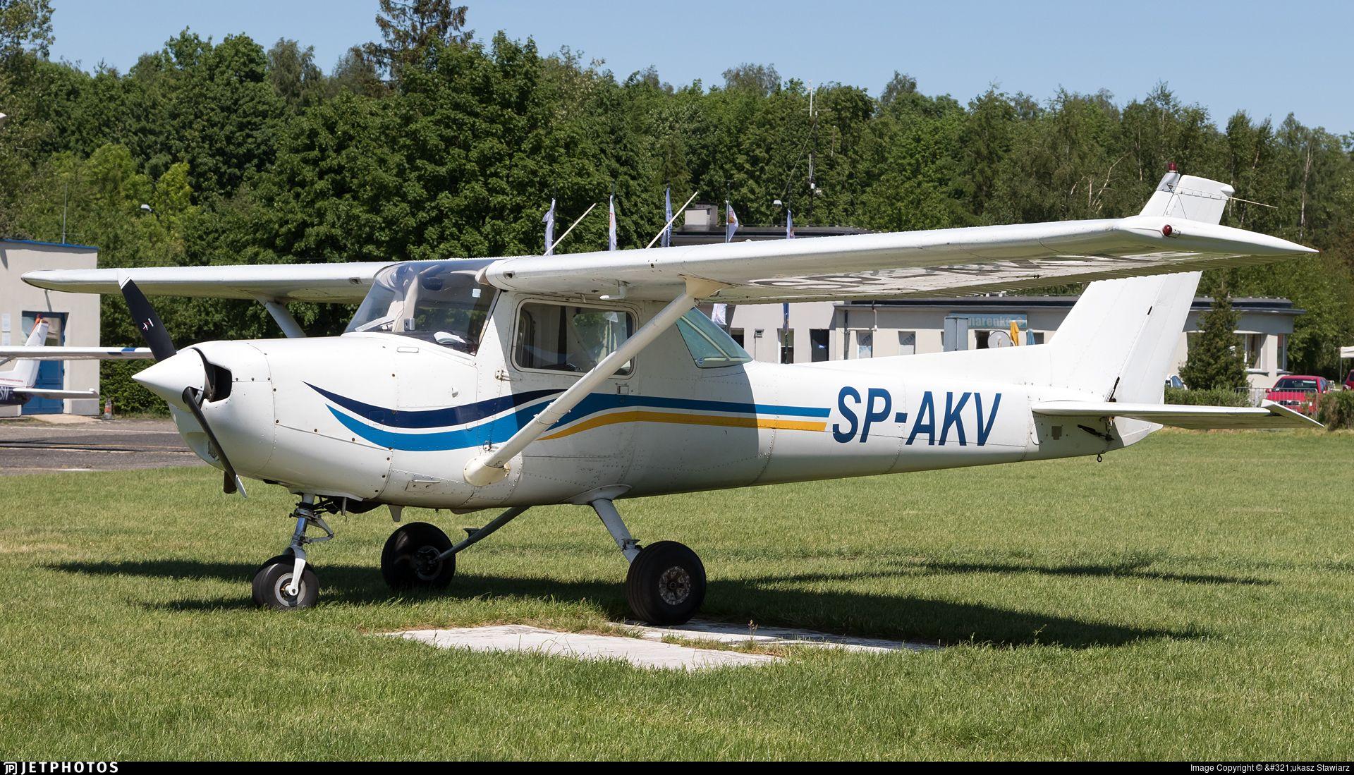 Photo of SP-AKV - Cessna 152 - Aero Club - Lodzki   Cessna