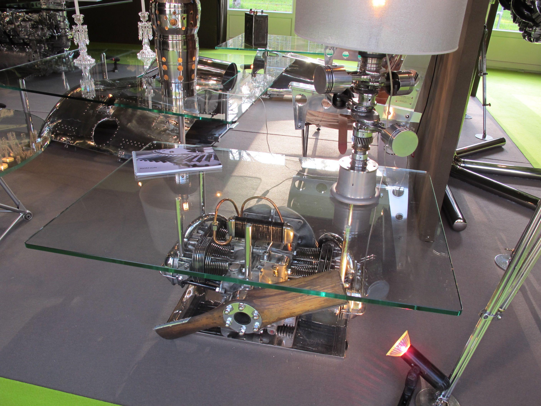 Table Basse R Alis E Avec Un Moteur D Avion Table Meuble Table  # Meuble Basse