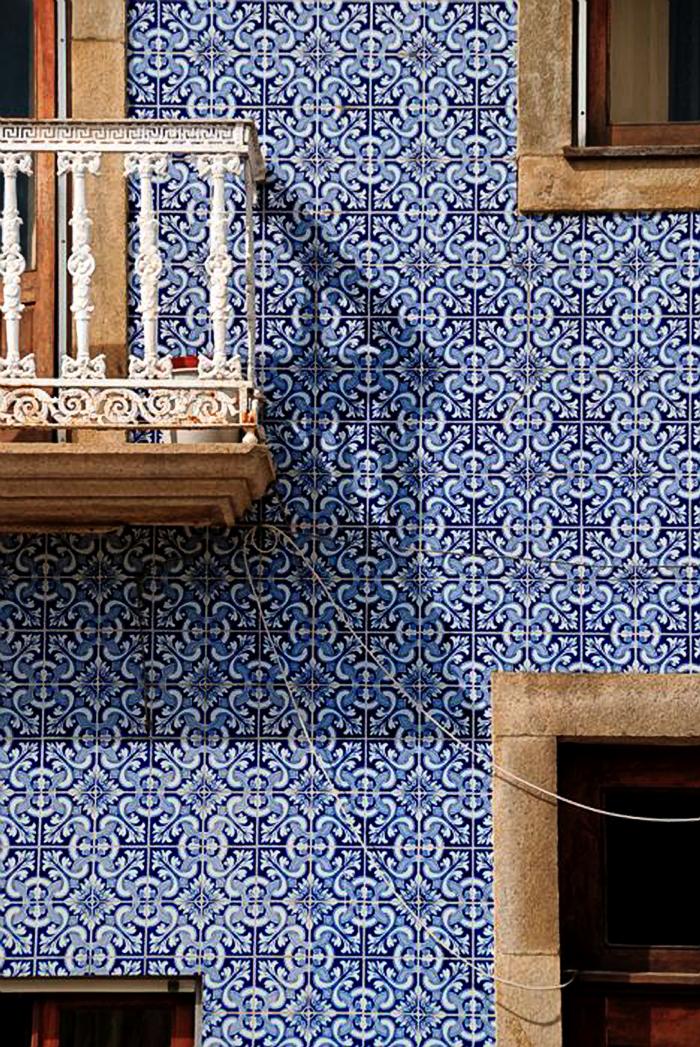 Blue And White Monday Tile Portuguese Tiles Portuguese Tile Lisbon