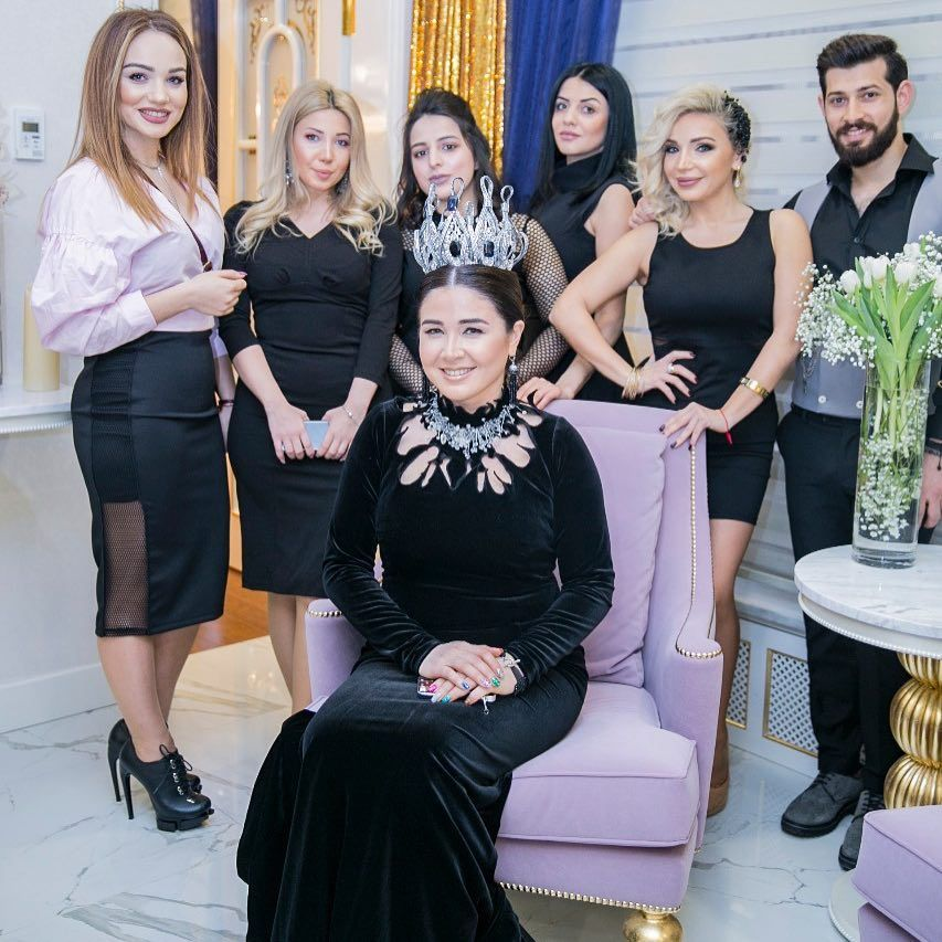 Elnaraxalilova S Official Page On Instagram Kaftan Beauty Baku Acilisdan Aksesuar Gelin Tac Acsesuarlari Ilyas Geyim Kaftan Gelin