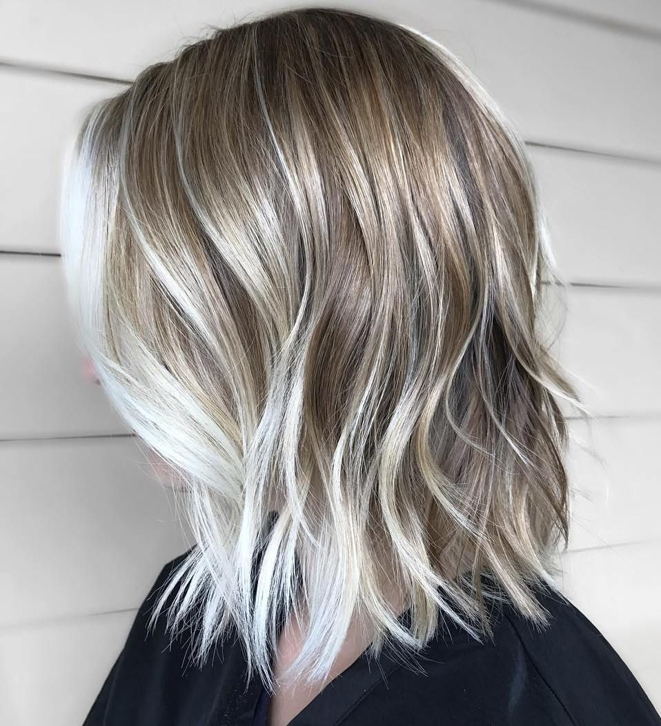 70 Perfect Medium Length Hairstyles For Thin Hair In 2020 Low Maintenance Hair Thin Hair Haircuts Blonde Hair With Roots