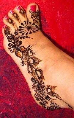 Foot Mehandi Designs For Weddings