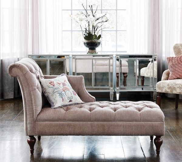 Woman On Fainting Couch Fainting Couch Vs Chaise Longue