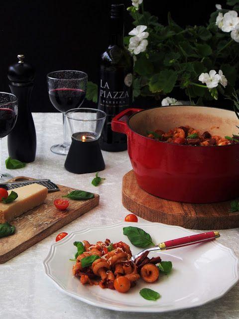 Chorizopasta ja minifocacciat - Peggyn pieni punainen keittiö