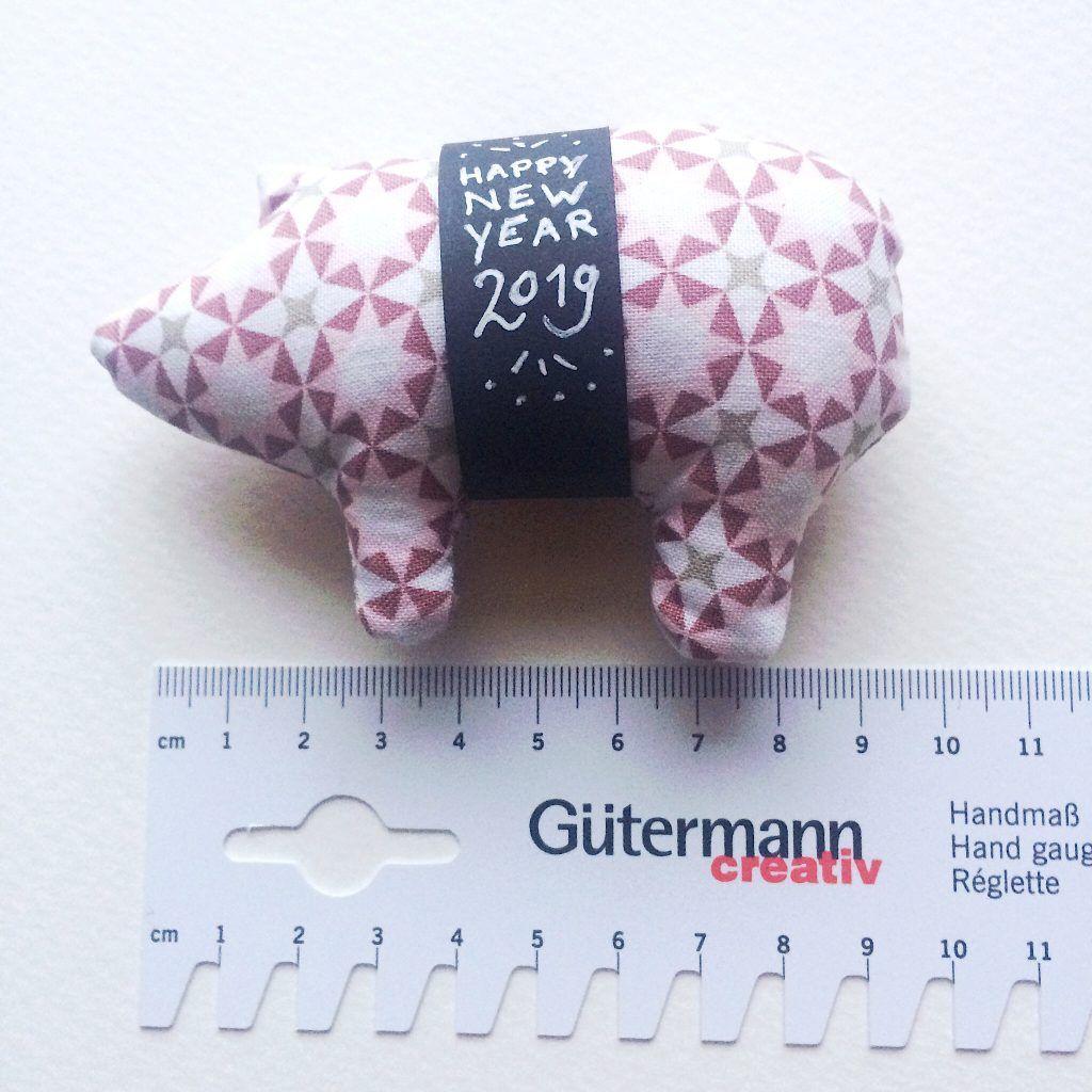 Photo of Piggy Nähen für Silvester kostenlose Anweisungen