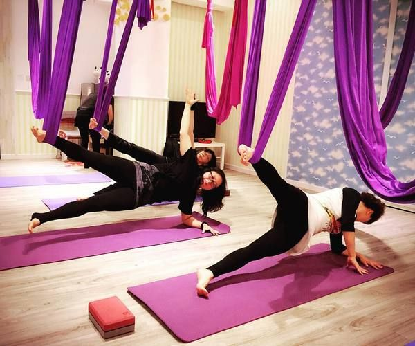 Aerial Yoga: Everything You Need to Know About Yoga in The Air