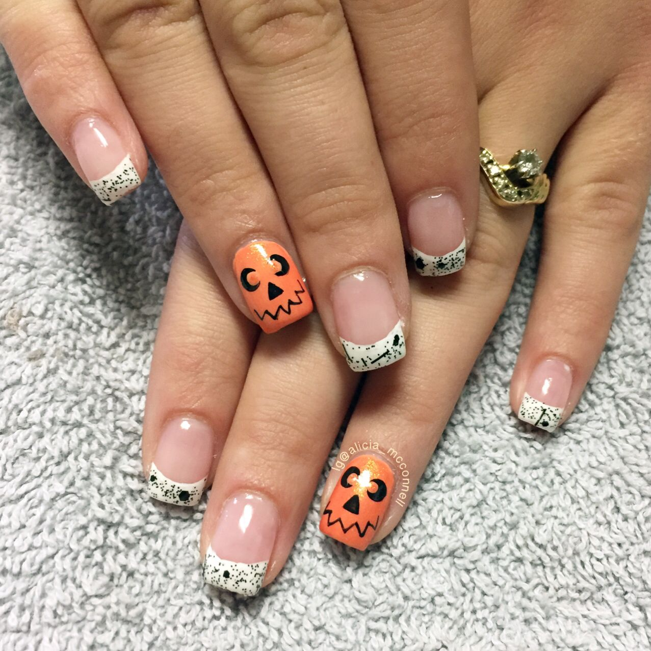 French tips and jack o\'lanterns Halloween nails | Nails by Alicia ...