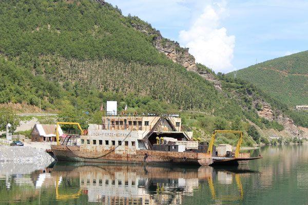 Reiseinformationen Albanien - Pisten, Flüße und beeindruckende Natur. - Über Stock & Stein durch die Welt