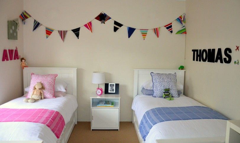 Pink shared kids bedroom ideas style shared bedroom stuff for Unisex bedroom inspiration