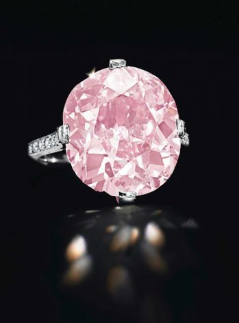 9-carat pink diamond from the estate of Huguette Clark sold at Christie's