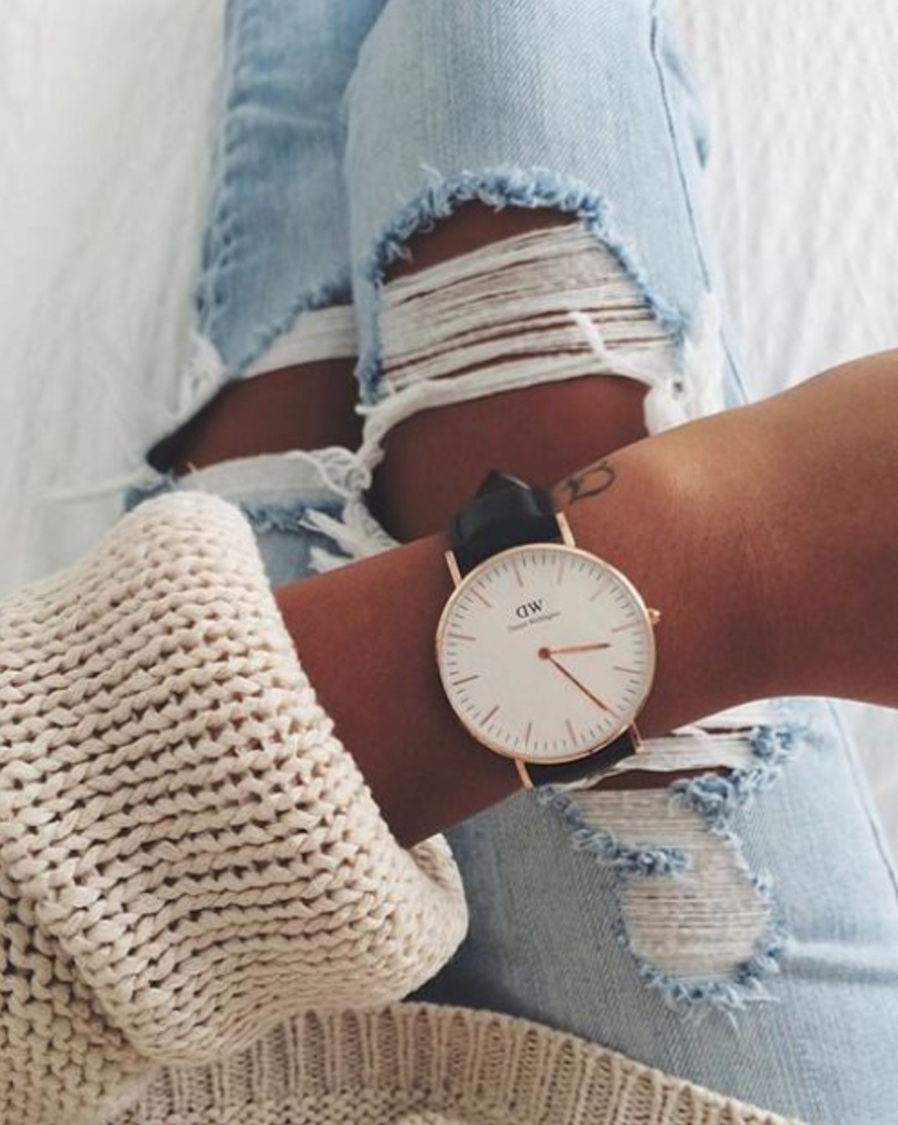 08aa8b669ac Use the code MELANIEX for 15% off when you order on  Daniel Wellington  Classic Petite Sheffield Watch