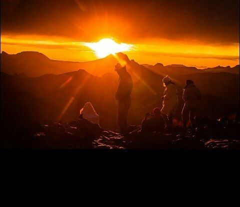 السياحة في الجزاير اكتشف الجزائر صباح الخير يا جزائر من تمنراست أجمل شروق الشمس اصلح نفسك ب Instagram Natural Landmarks Instagram Posts