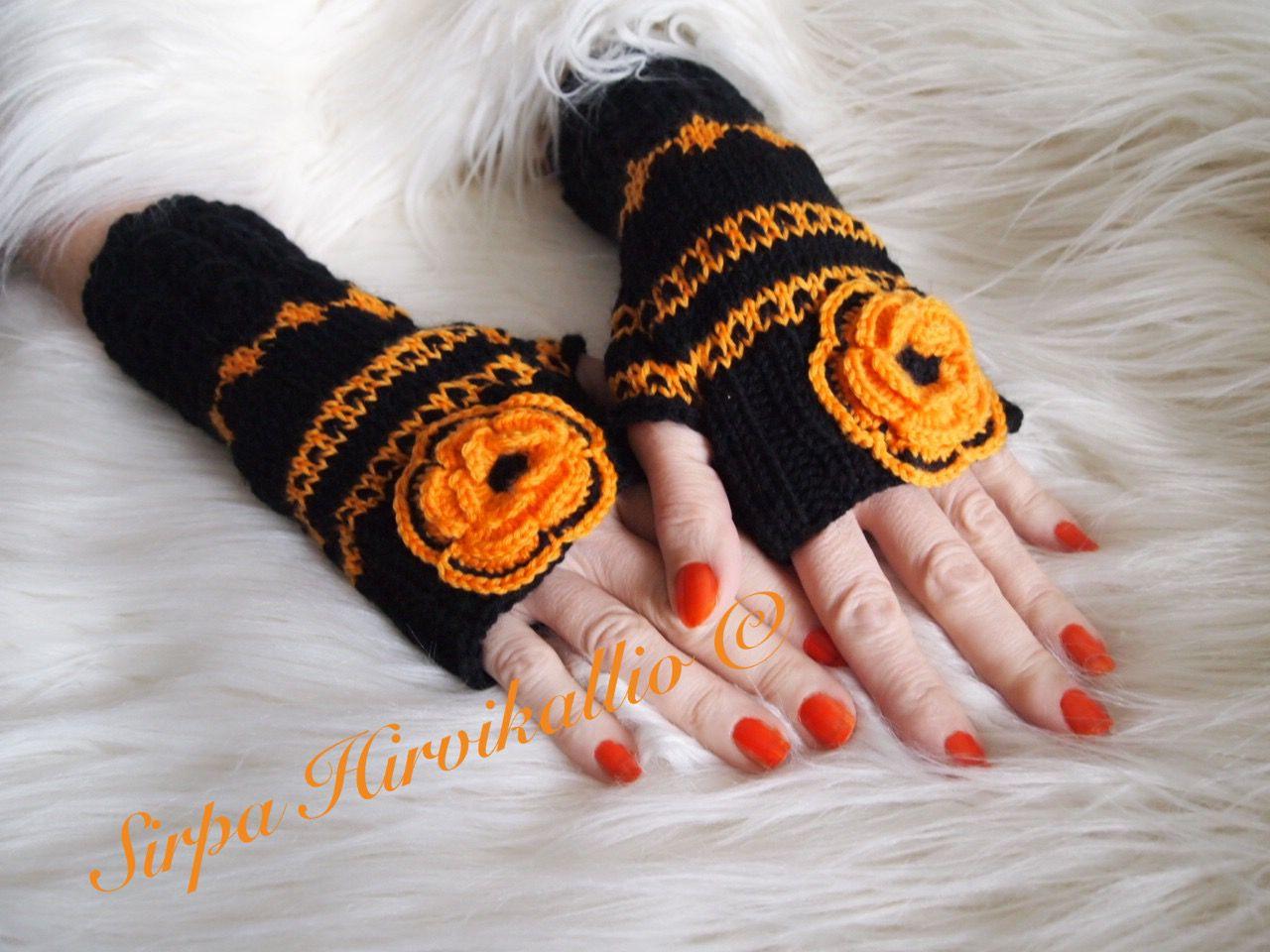Musta/oranssit kämmekkäät
