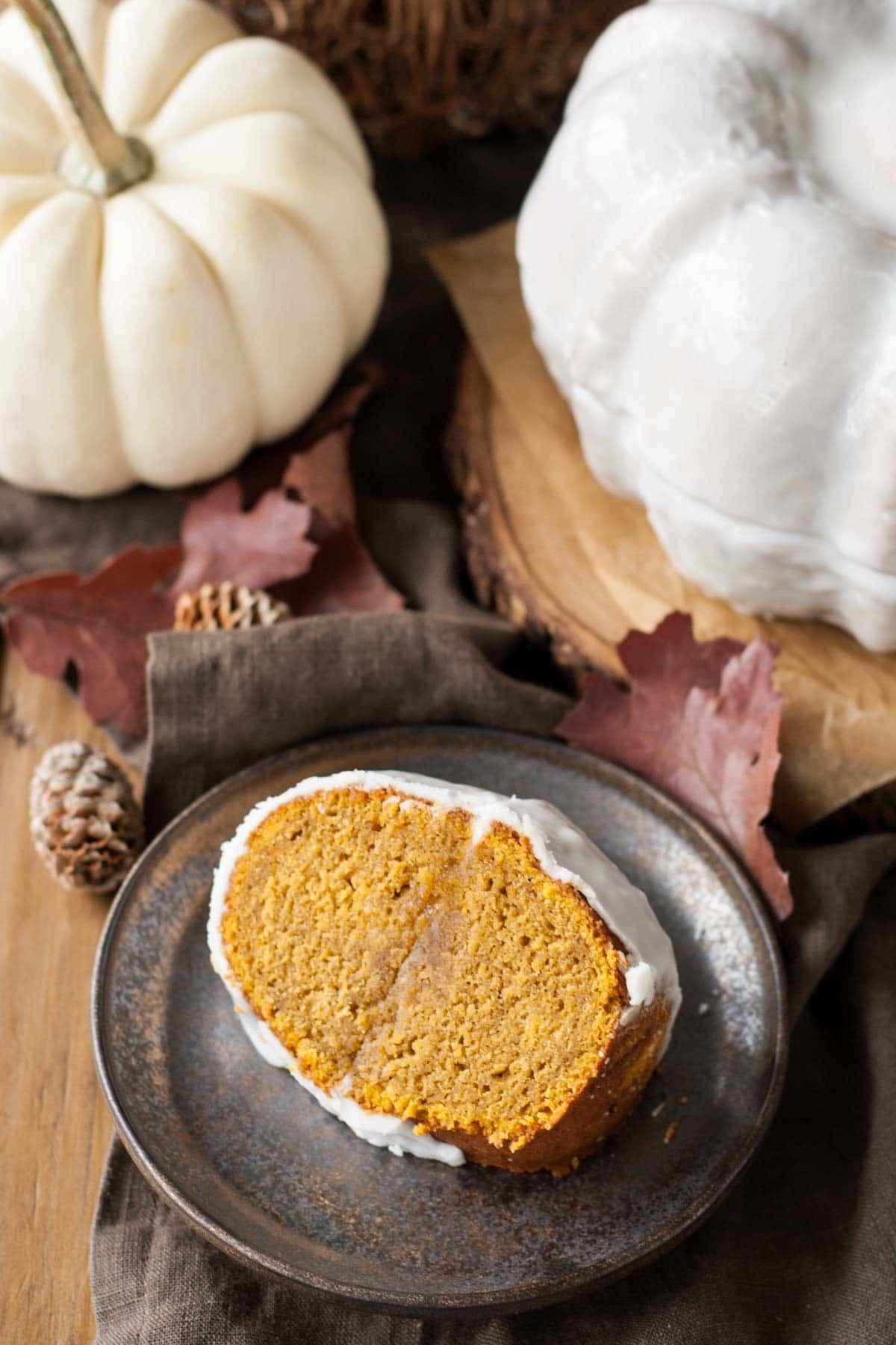 Pumpkin Spice Latte Bundt Cake. Your favourite Fall ...