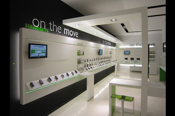 Phone Retail Design Display