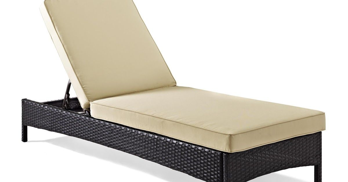 Chaise lounges outdoor to help the blog site