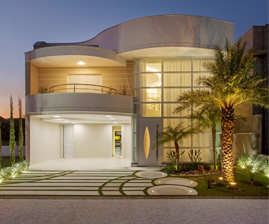 casa sobrado fachada moderna terreno x calada paisagismo iluminao garagem