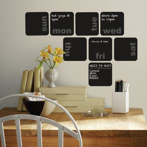 Room Mates Deco Days Of The Week Planner Chalkboard Wall Decal Muurstickers Krijtbordmuur Tafel Met Stoelen