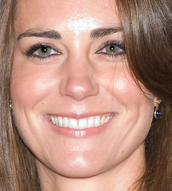 How To Copy Kate Middleton's Engagement Beauty Look