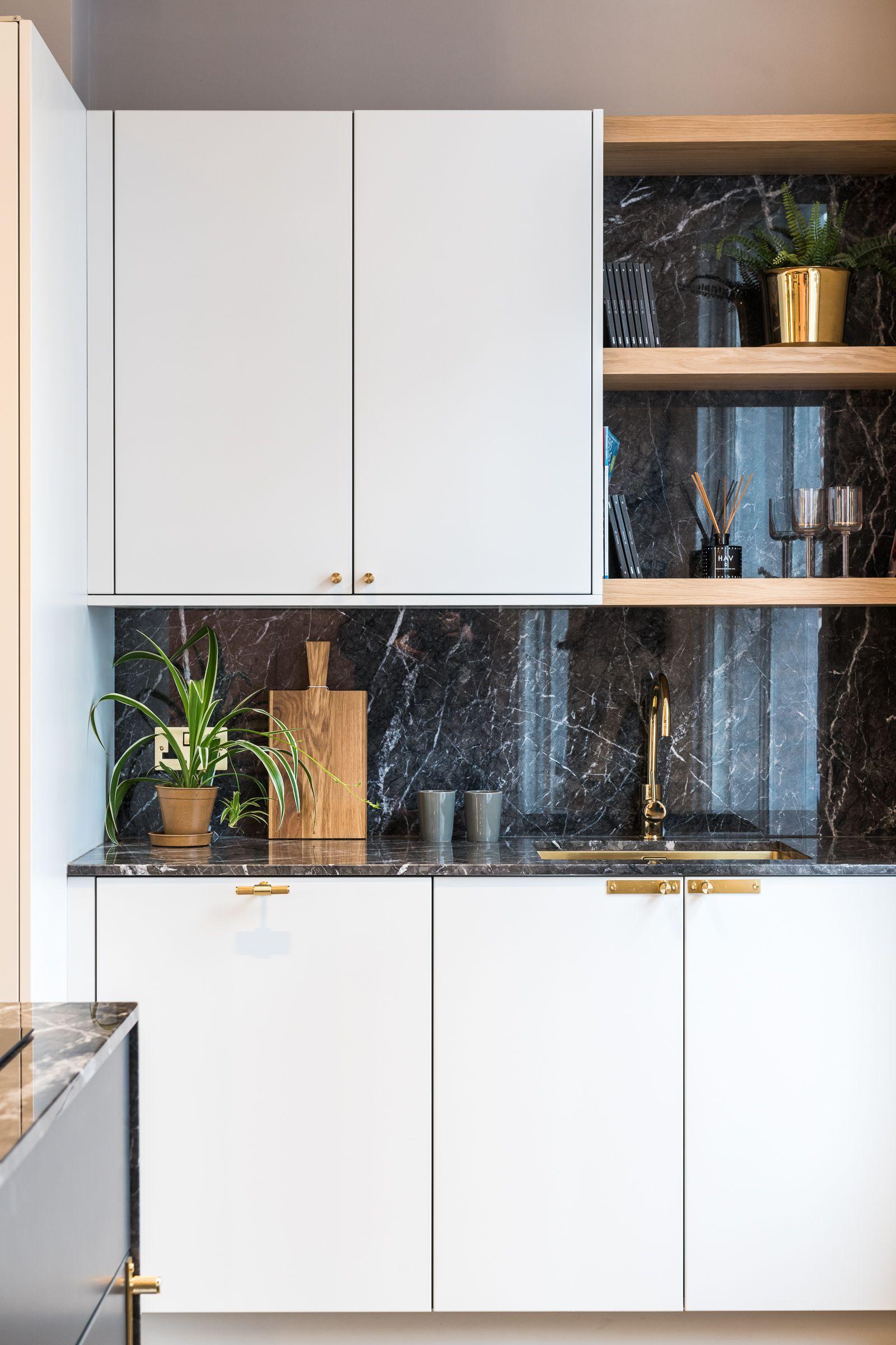 Kitchen In 2020 Kitchen Home Kitchen Cabinets
