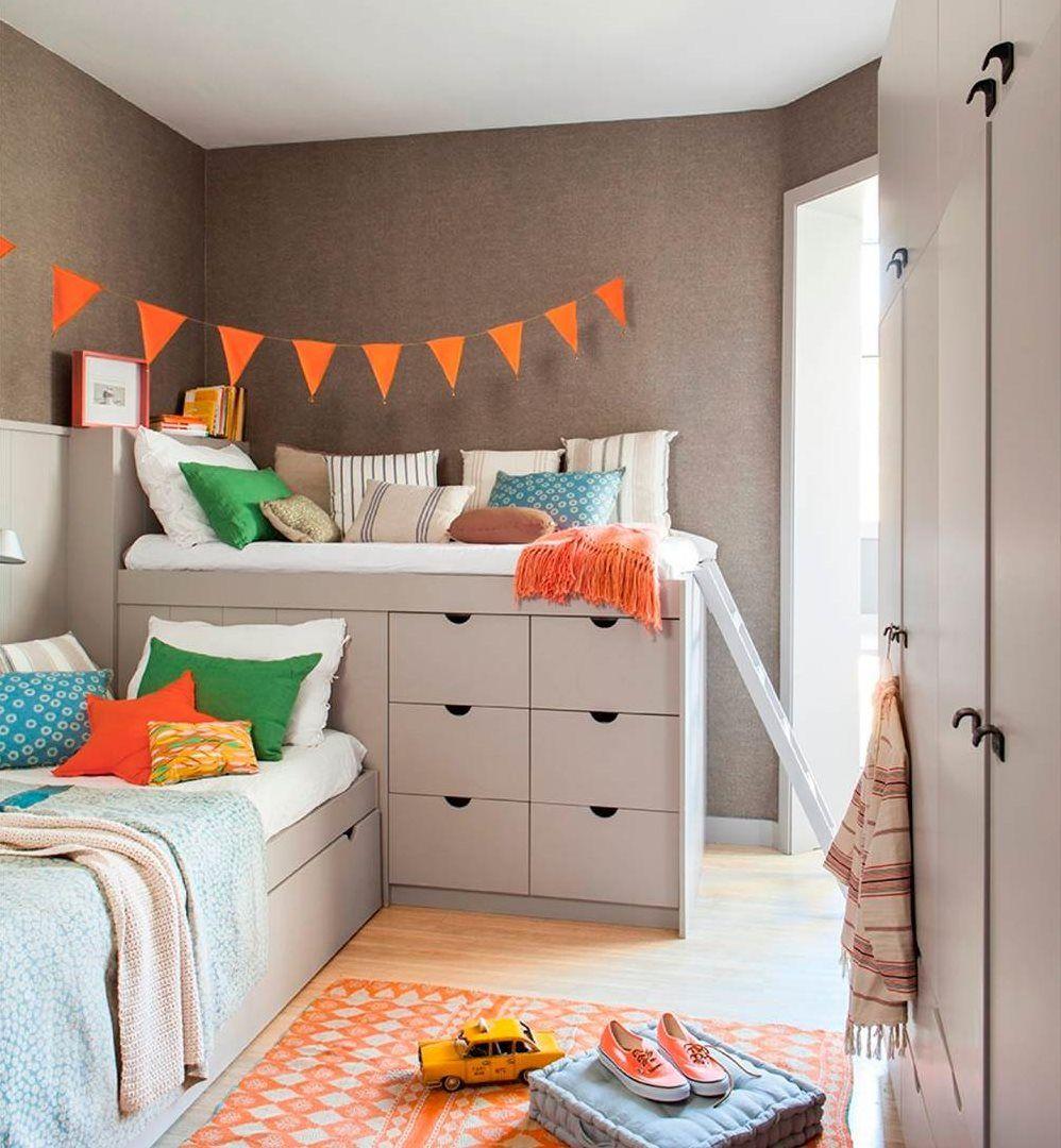 Dormitorio juvenil en gris y naranja con dos camas y for Camas con almacenaje