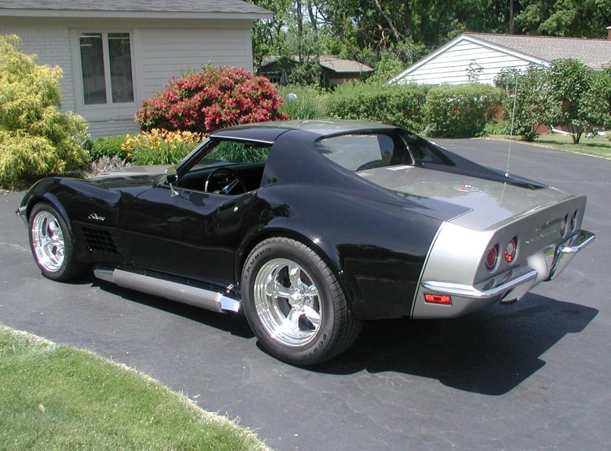 Custom 1972 corvette stingray 454 coupe