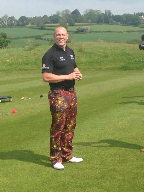 40+ Jazzy golfer viral
