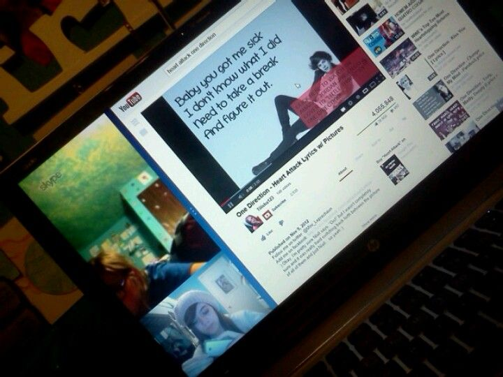 Skyping the besties and jammin' to awesome music <3