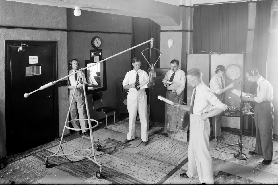 Radio Studio 1930s | Vintage communication | Radio band, Old