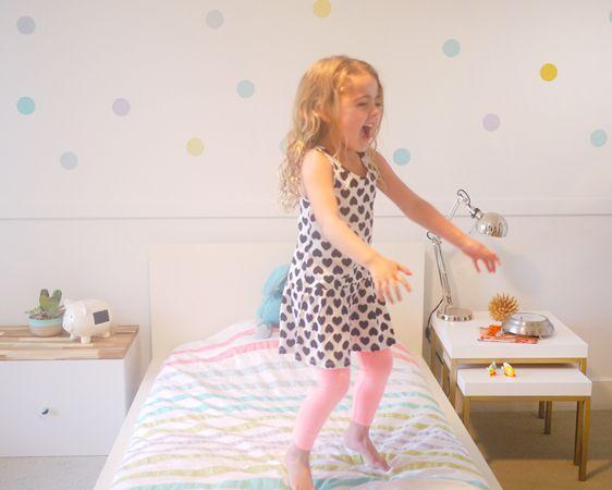 This modern big girl room is a must-see! #biggirlroom #polkadot #modern
