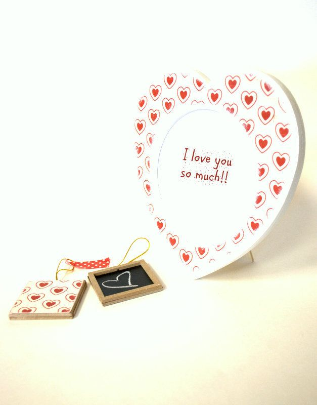 Heart Picture Frame, Valentines Day picture frame, Small red hearts ...
