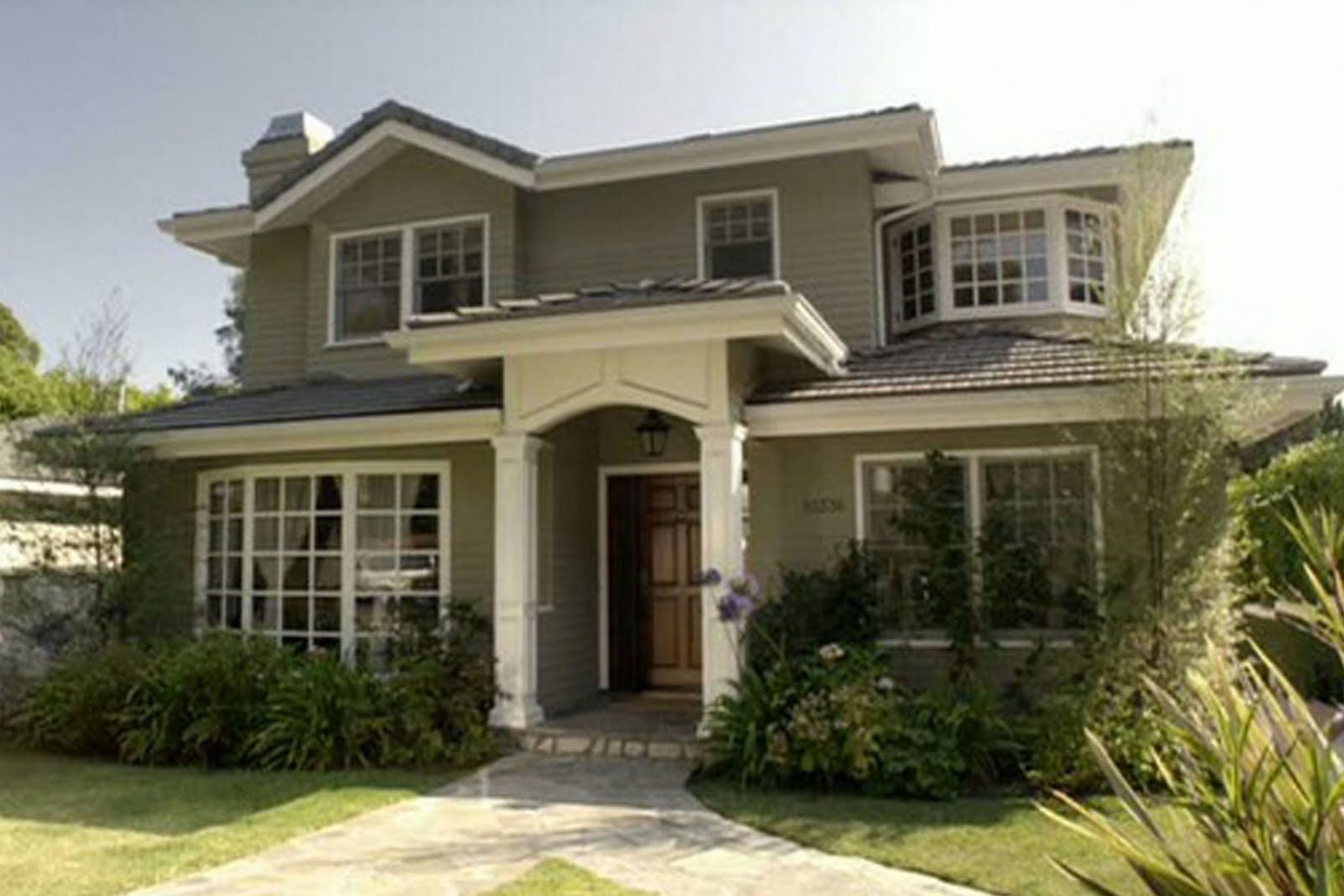 Modern Family House Color