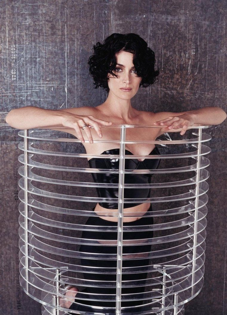 Carrie Anne Moss In Latex Corset Nehad In 2019 Carrie Anne Moss