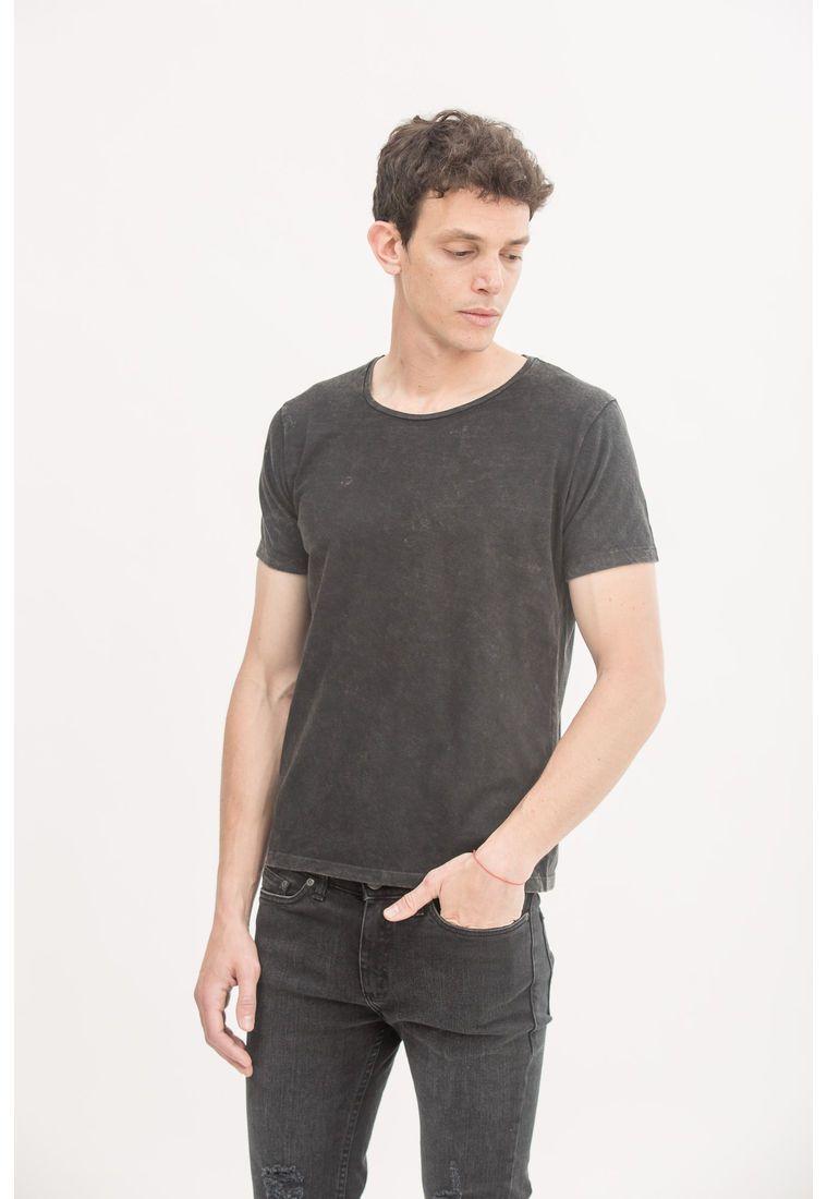 bc7c146cee577 Tshirt plain negro nevada. TSHIRT PLAIN NEGRO NEVADA - Comprá Ahora   Dafiti  Argentina