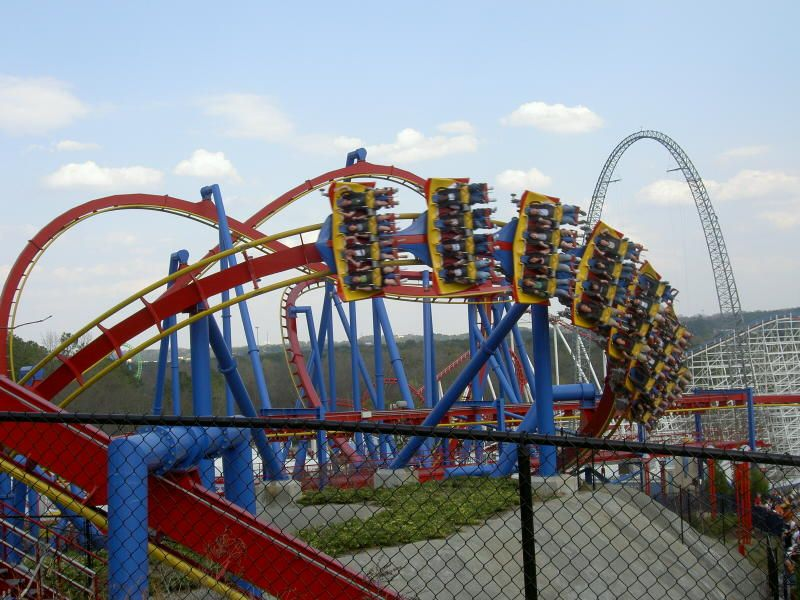 Superman Ultimate Flight Six Flags Over Georgia Ga Six Flags Thrill Ride Roller Coaster