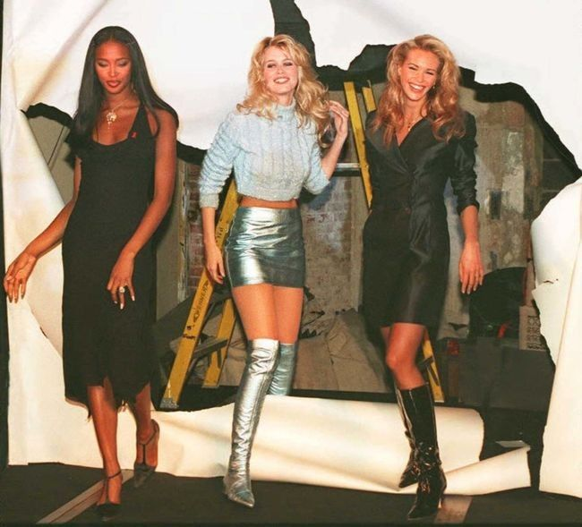 eae844aa4f931 New Year's Eve outfit inspiration straight from the '90s: Naomi Campbell,  Claudia Schiffer