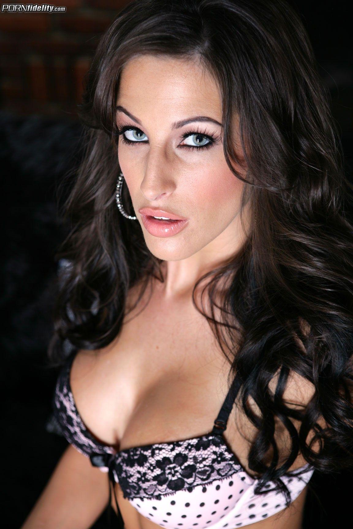 Natalie Nunn