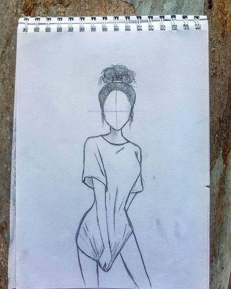 My love for over sized T's Artist: @naomi_winspear #drawingsideasTumblr
