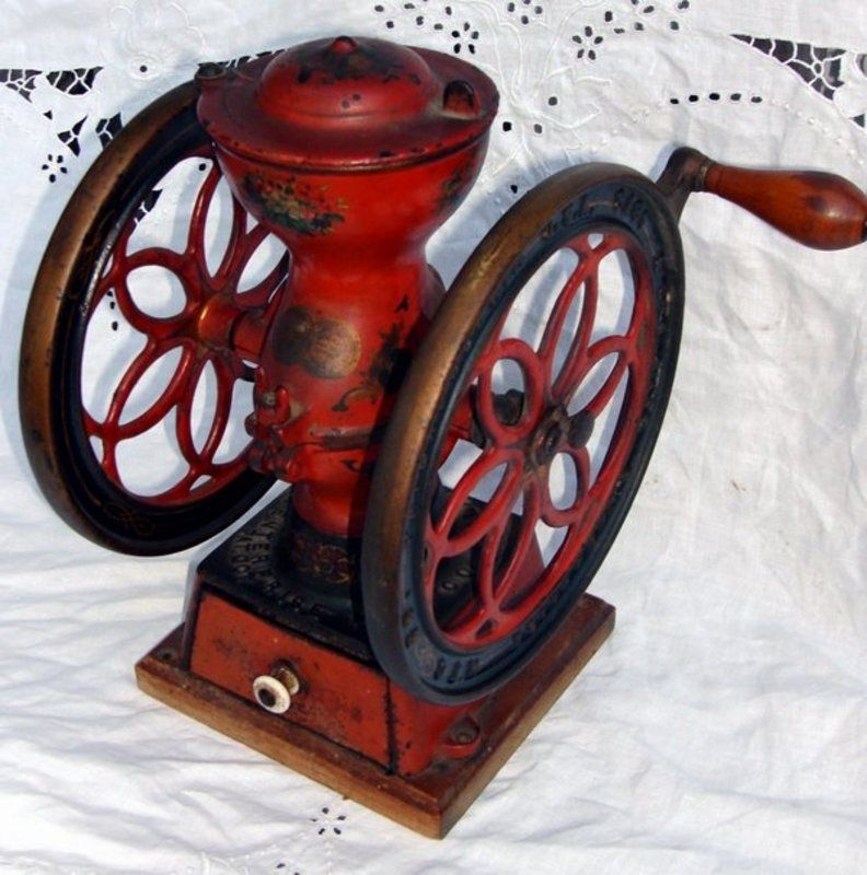 Antique coffee grinder enterprise iron double wheel for