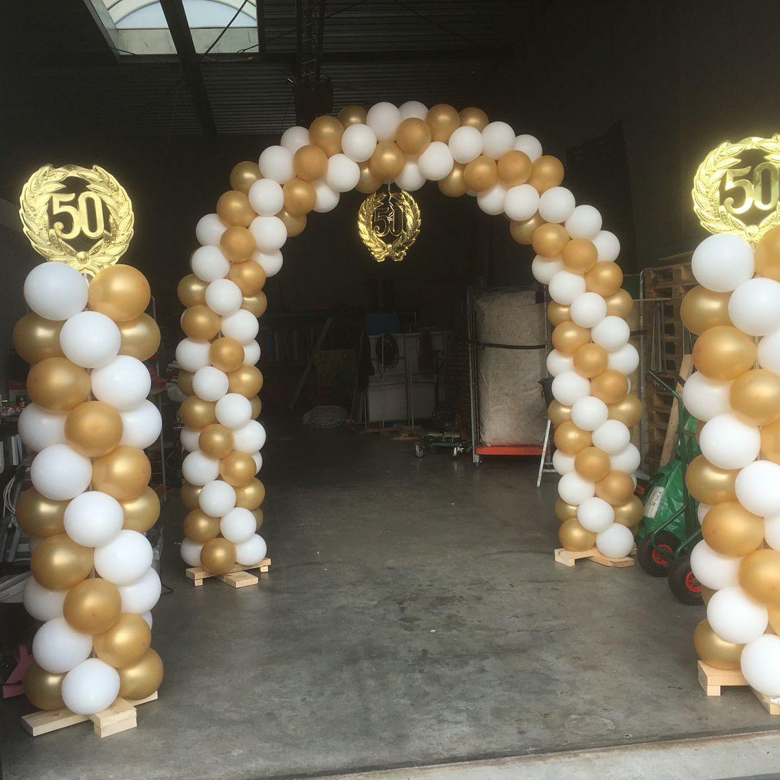 Boog en pilaren 50 jaar getrouwd 50 jaar trouw for Ballonnen versiering zelf maken