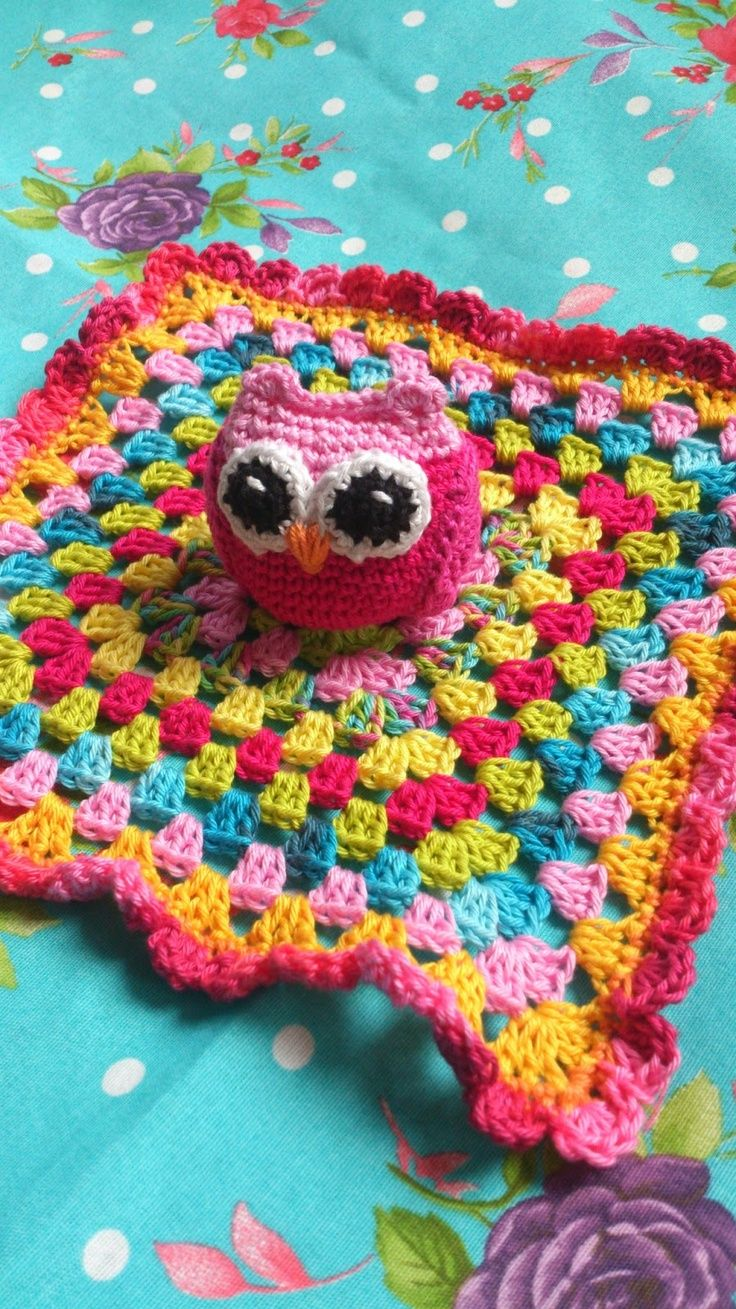 Bom dia pessoal quem a gosta de corujas pois elas tomaram make owl then granny square separately then stitch out to center of blanket ravelry owl baby blanket pattern by lolalshooked bankloansurffo Image collections
